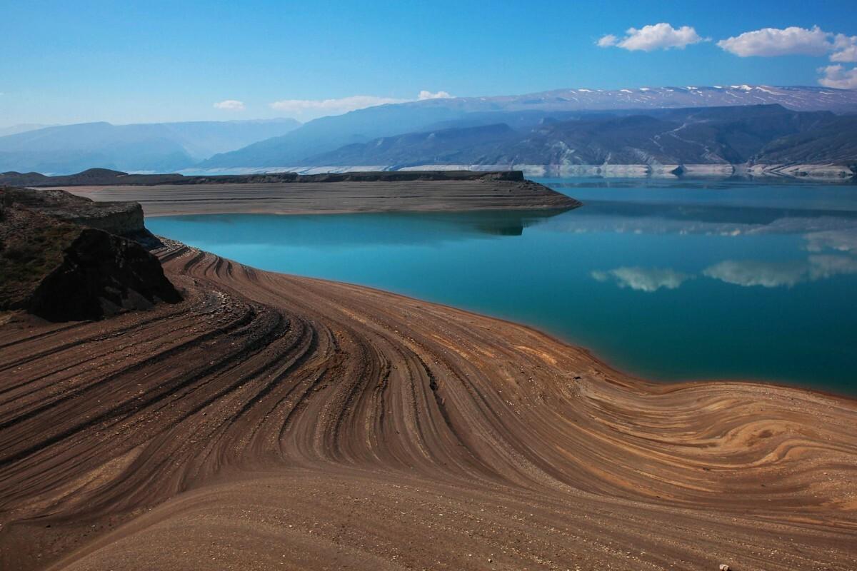 Чиркейская ГЭС и водохранилище