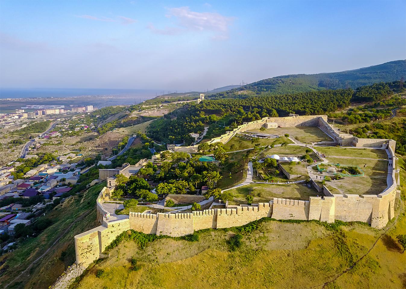 https://trip-kavkaz.com/images/hotel/dagestan/naryn-kala/dagestan-19.jpg